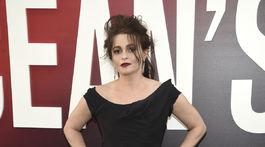 Herečka Helena Bonham Carter v kreácii Vivienne Westwood Haute Couture.
