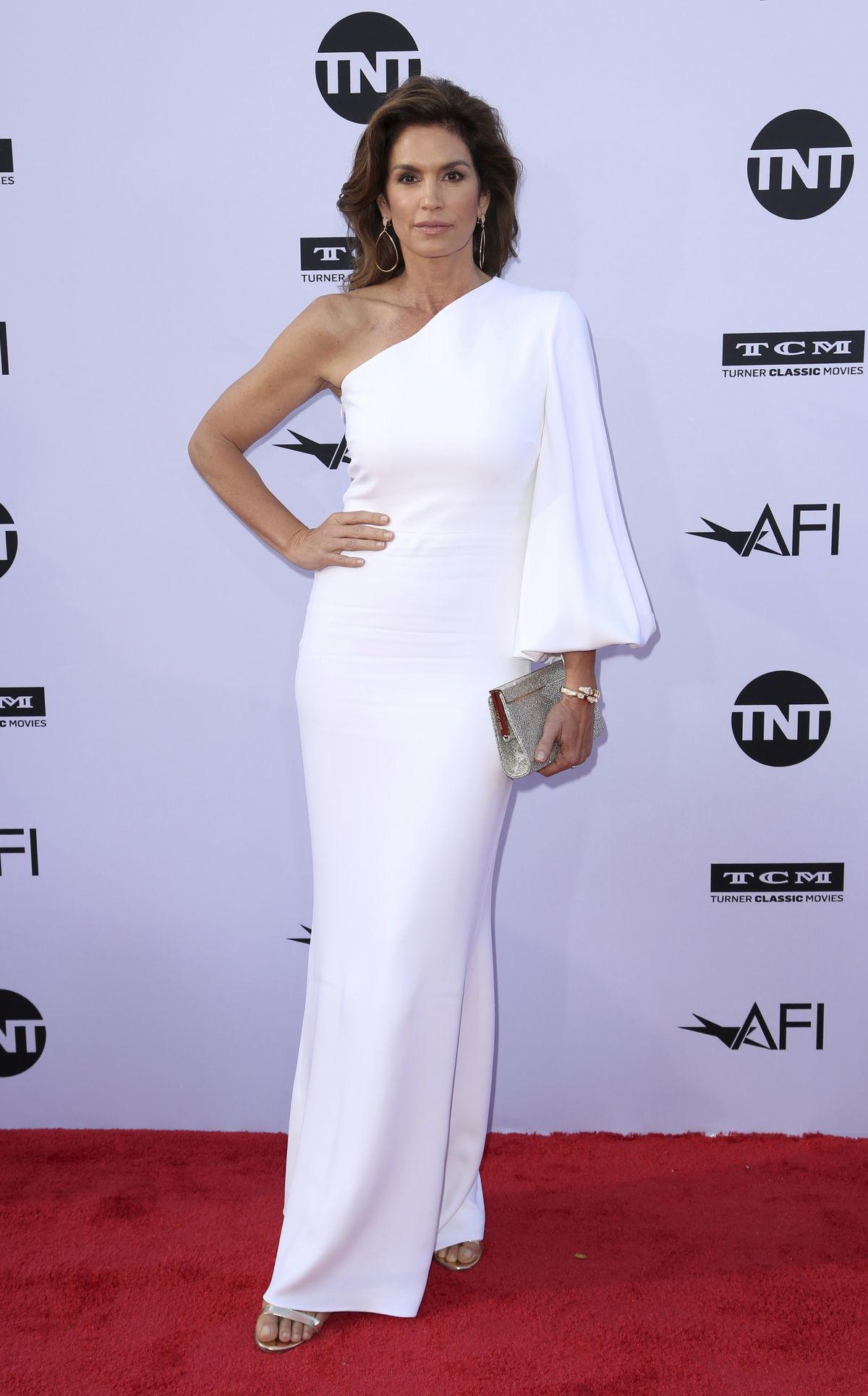 Modelka Cindy Crawford vyzerala v bielych...