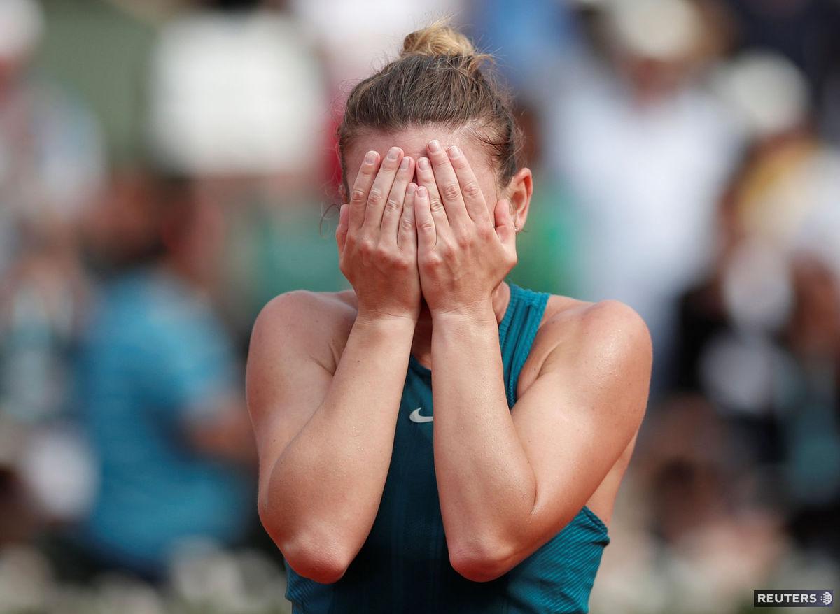 Simona Halepová po premenenom mečbale vo finále. 94cd6274dd6