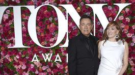 The 72nd Annual Tony Awards - Spevák Bruce Springsteen a jeho manželka Patti Scialfa.