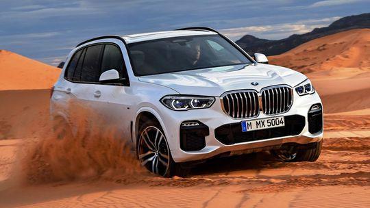 BMW X5: Nové SUV ukázalo všetko. Osemvalec nedorazí