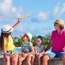 cestovanie, rodina, lietadlo, dovolenka, rodičia, deti,