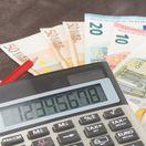 peniaze, kalkulačka, výplata, zamestnanie, mzda,