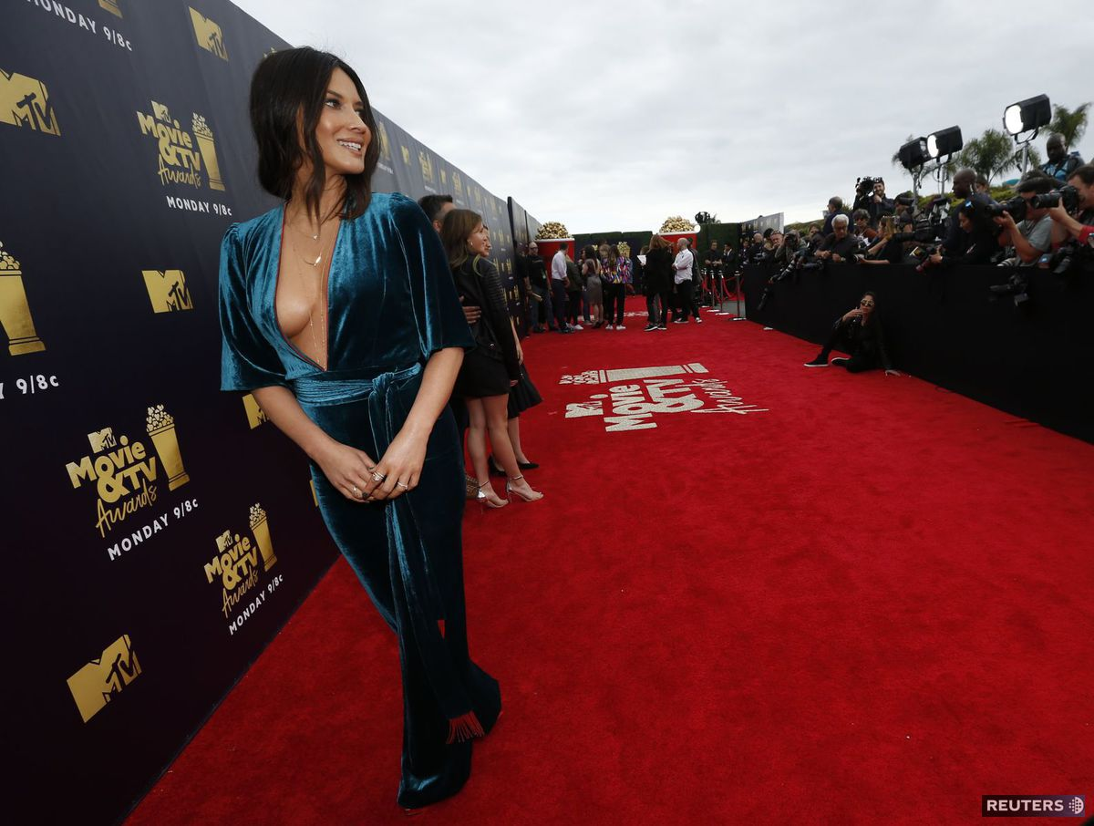 3b52e743fbdc ... hviezdy seriálu Herečka Olivia Munn. Televízne celebrity - dcéra a mama Kim  Kardashian West ...
