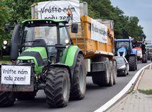 farmári protestná jazda traktor