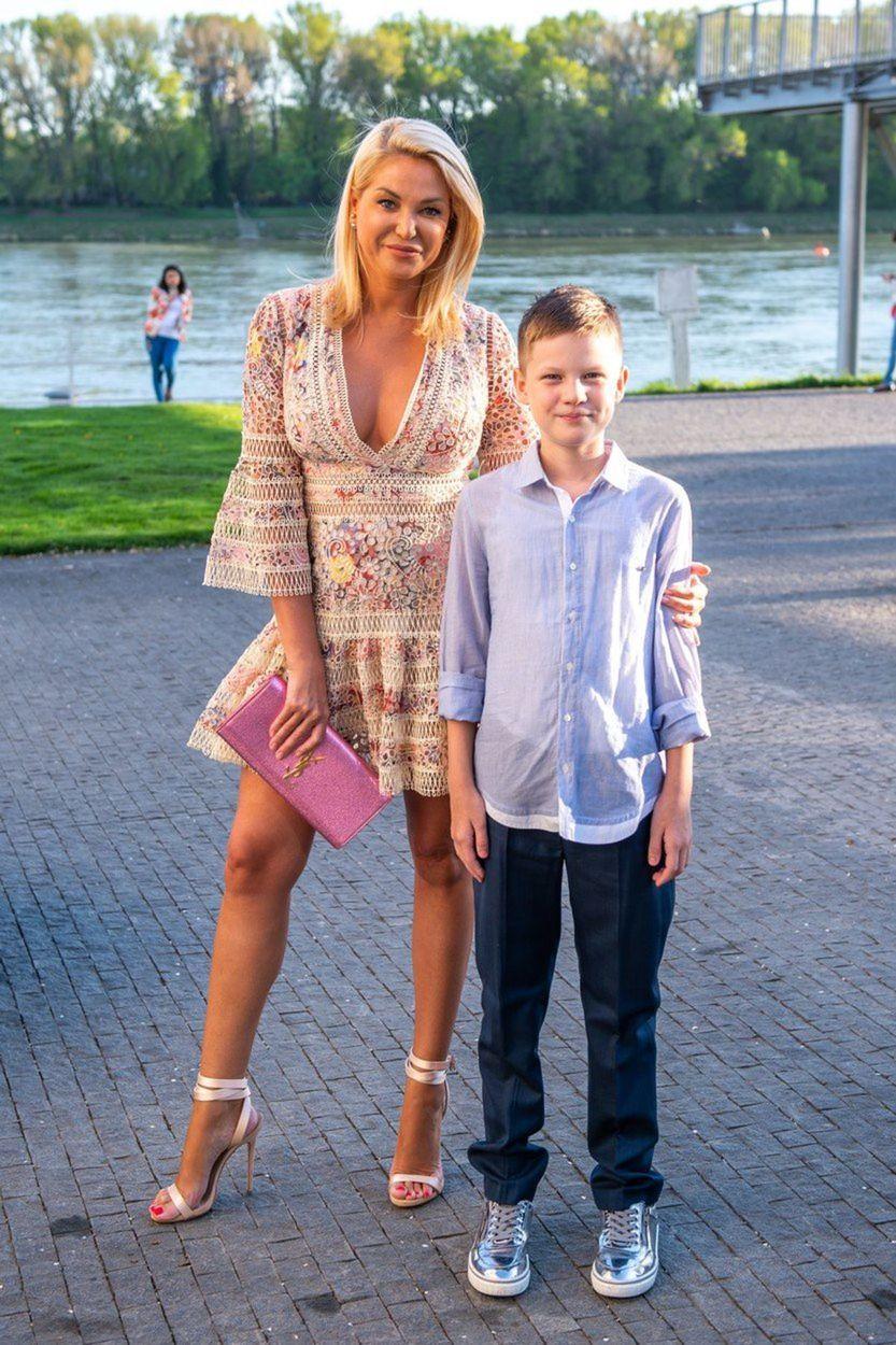 Lekárka Alena Pallová so synom Patrikom.