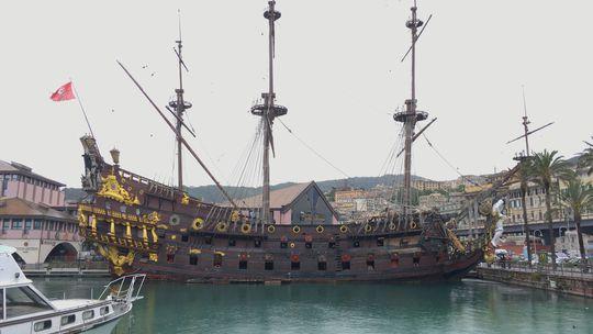 Janov, Taliansko, pirátska loď