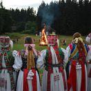 Jánske ohne, folklór, tradície, kroje