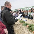 protestujúci farmári Bratislava