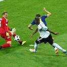 VIDEO: Ďalšie zlyhanie. Švédi mali kopať jasnú penaltu, rozhodcovia zavreli oči