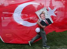 Erdogan vyhral turecké prezidentské voľby už v prvom kole