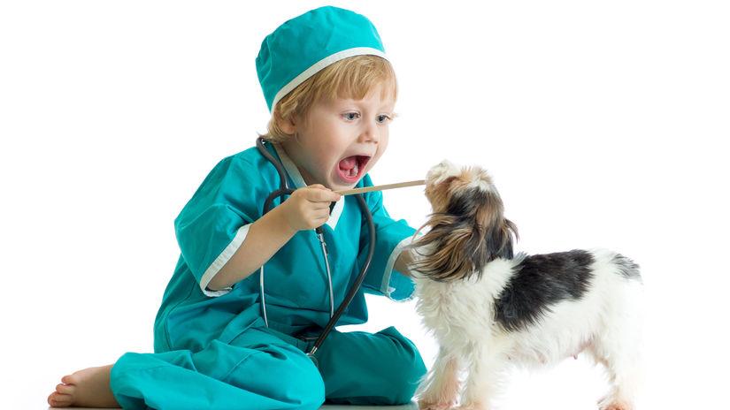 dieťa, hra, doktor, detské povolania,