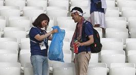 Japonsko, fanúšikovia, upratovanie