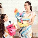 matka, upratovanie, mama a dcéra,