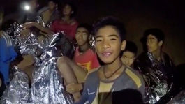 thajsko, jaskyňa, chlapci