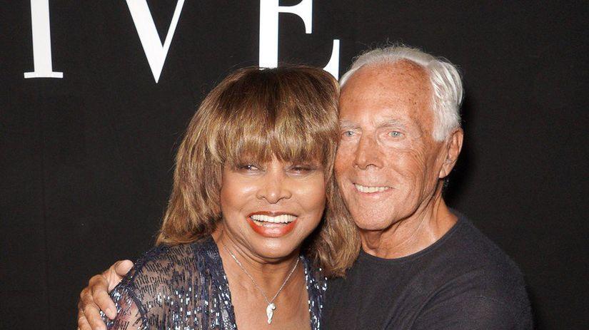 Tina Turner a dizajnér Giorgio Armani v utorok...