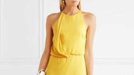 Dámske šaty Halston Heritage, predáva Net-a-porter.com za pôvodnú cenu 405 eur.