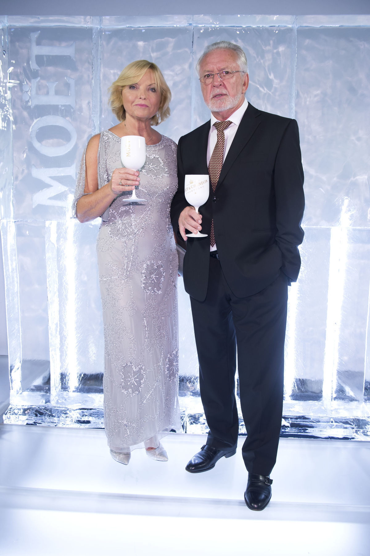 Herec Jaromír Hanzlík s manželkou.
