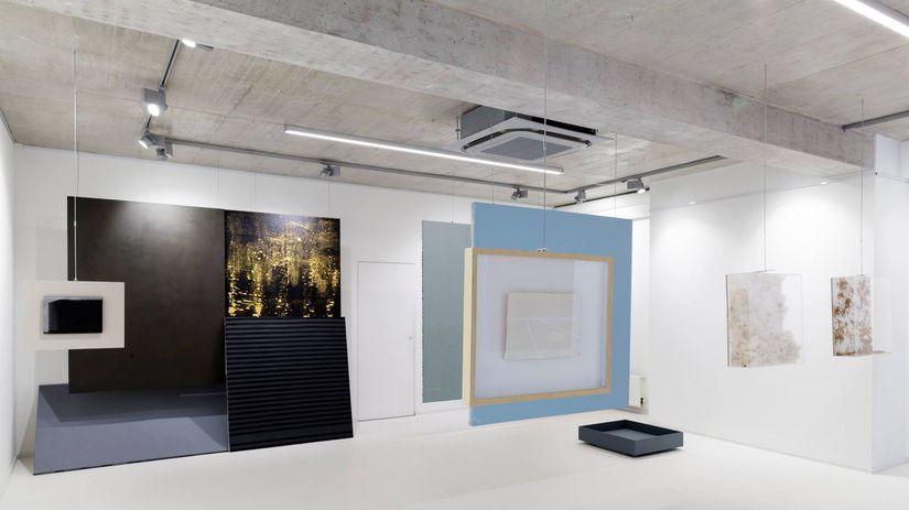Záber z výstavy MestSKá krajina Lab v Galérii...