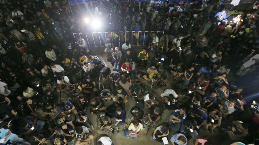 Thajsko futbalisti záchrana deň tretí