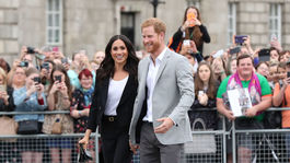 Princ Harry a vojvodkyňa Meghan pri návšteve Trinity College v Dubline.