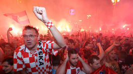SOCCER-WORLDCUP-CRO-ENG/FANS