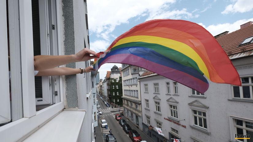 dúhová vlajka, ombudsmanka