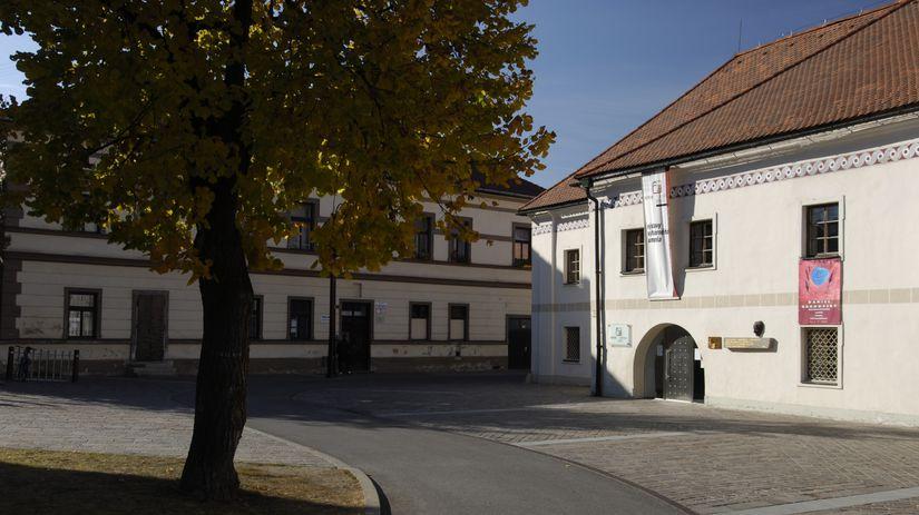 Pohľad na budovu Galérie Kolomana Sokola v...
