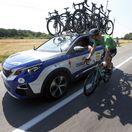FOTO: Sagan za jazdy debatoval so šéfmi Quick-Stepu. Čo im povedal?