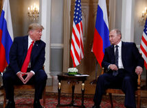Trump na záver summitu s Putinom odsúdil americké vyšetrovanie zasahovania Ruska do volieb