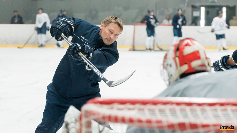 prvy spolocny trenig HK Slovan KHL