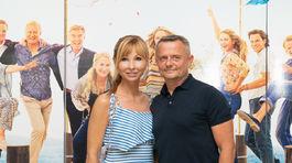 Moderátor Vilo Rozboril so svojou partnerkou - lekárkou Alexandrou Novotnou.