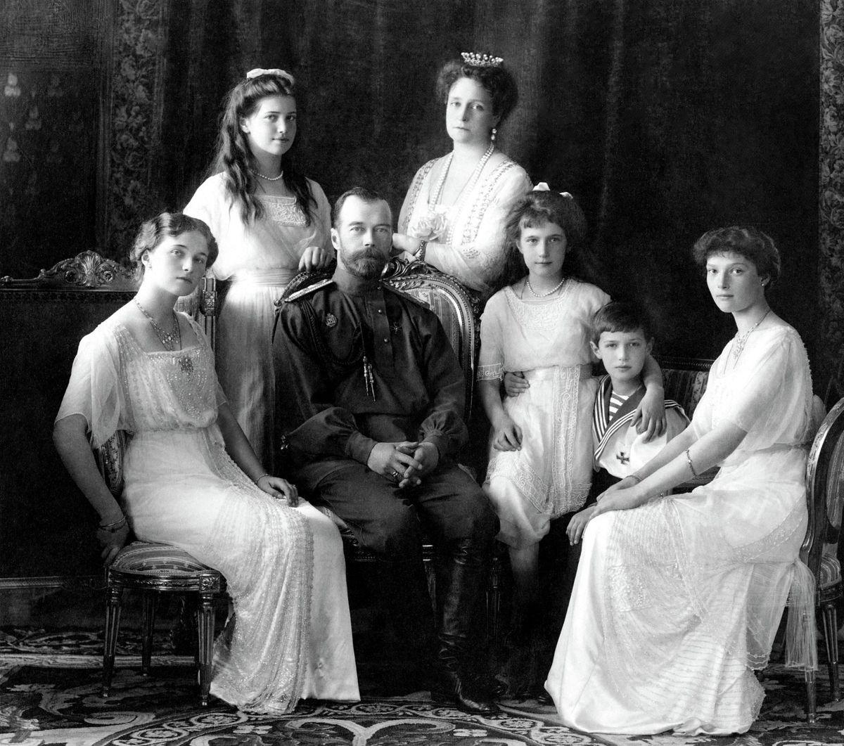 b21ac02d9 Prečo musela zomrieť cárska rodina alebo Mohli za to aj ...