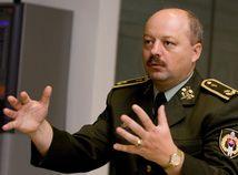 Generál Macko spochybnil spôsob obstarania stíhačiek