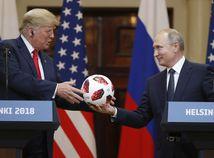 Loptu, ktorú dostal Trump do daru od Putina, preverujú americké tajné služby