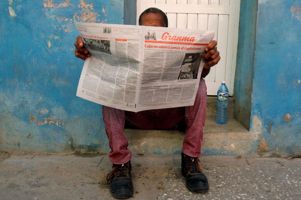 Kuba, noviny, čítanie