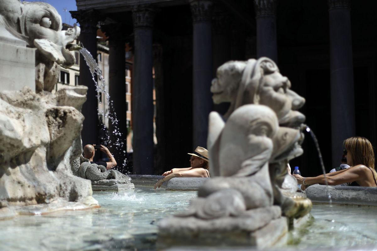Rím, Taliansko, sochy, fontána