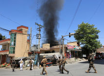 Afganistan, výbuch, útok, dym