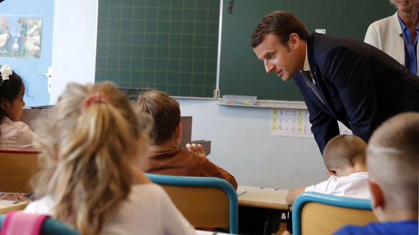 Emmanuel Macron, škola,