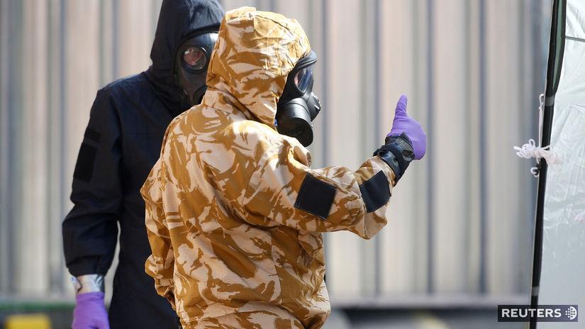 novičok, británia, otrava, policajt, oblek