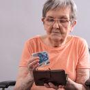 dôchodkyňa, babka, penzia, starobný dôchodok, peniaze
