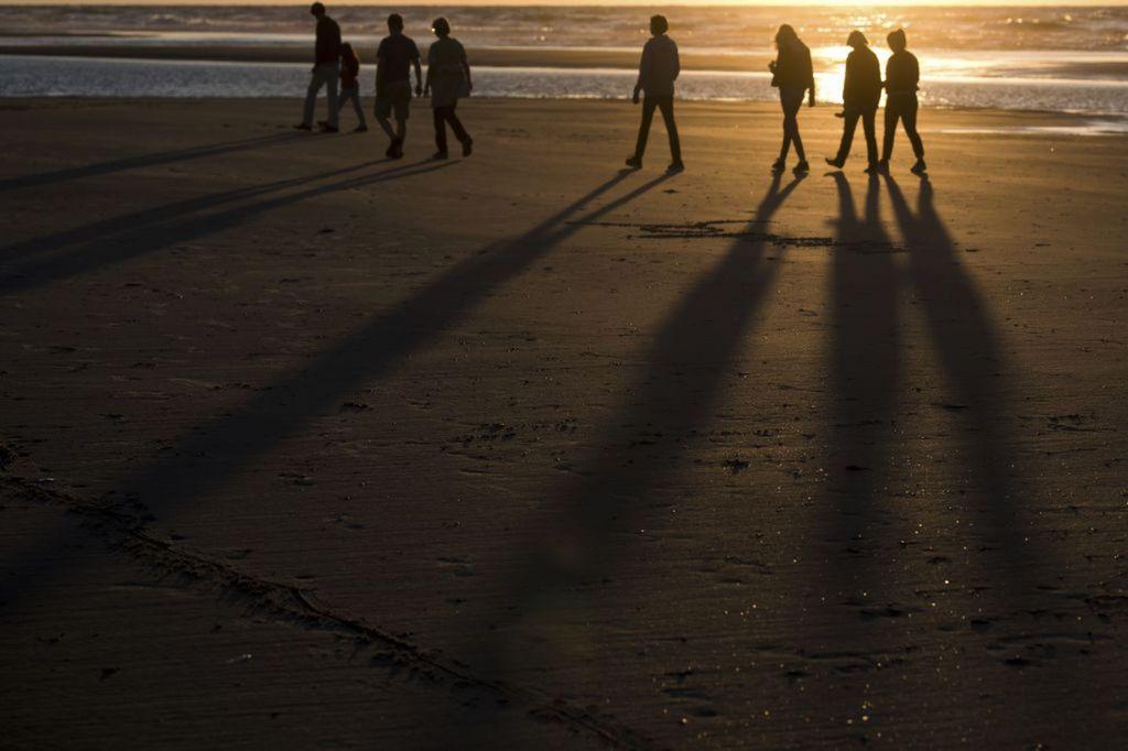 pláž, leto, prechádzka, more, večer, dovolenka, cestovanie