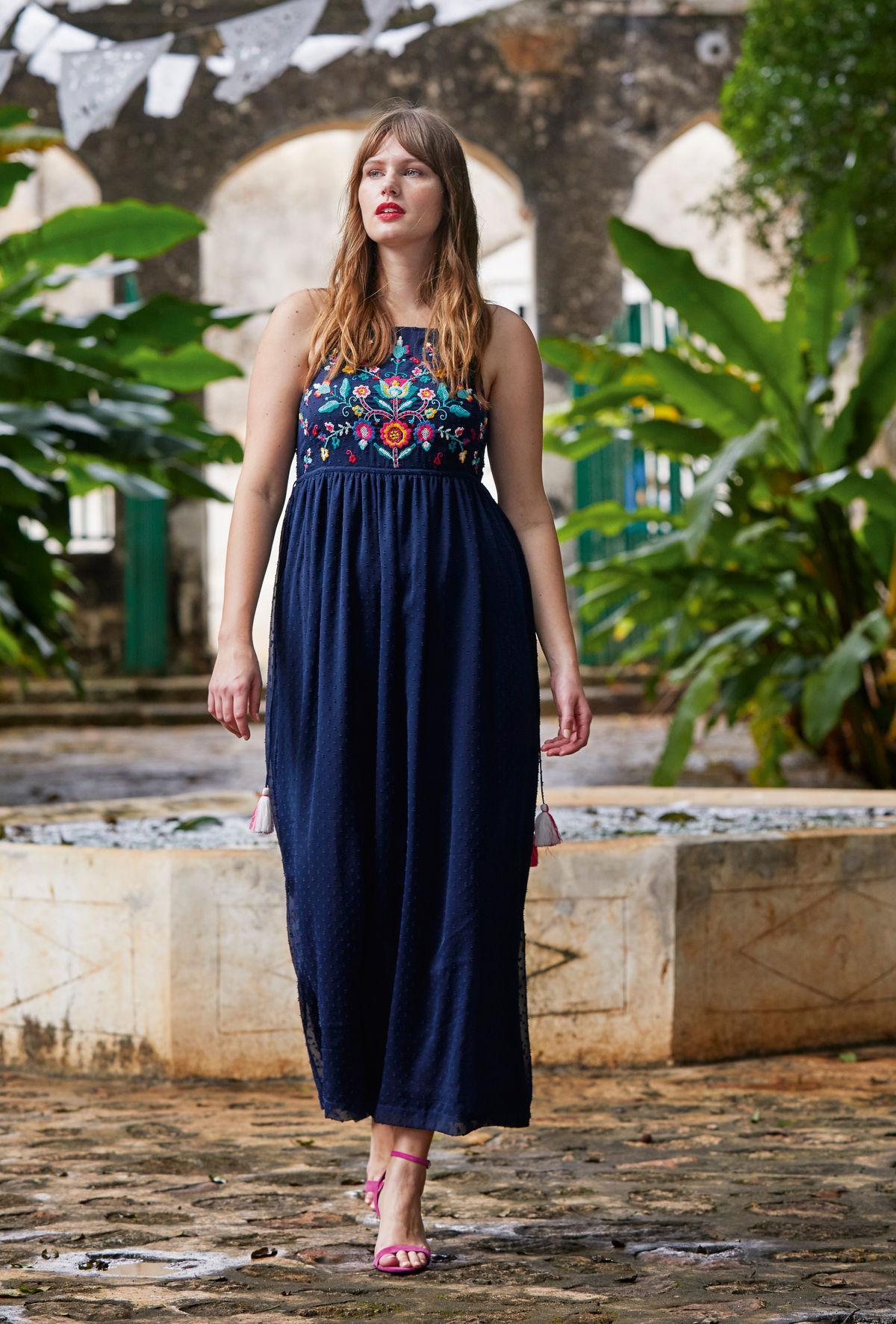 7 tipov na šaty pre dámy s plnšími tvarmi! Sľubujeme 4e216845a14