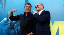 Herec Jason Statham (vpravo) a jeho kolega Sylvester Stallone.