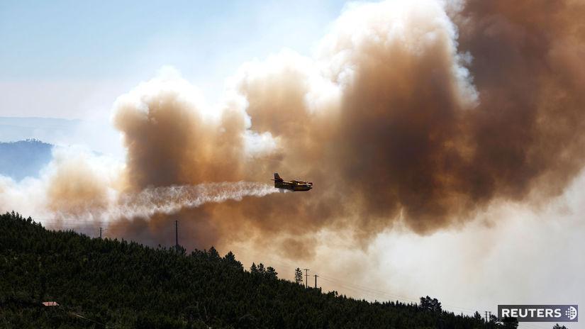 Portugalsko, požiar, les, lietadlo, voda