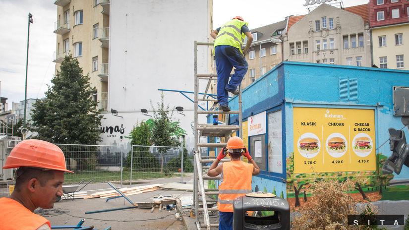 BRATISLAVA: Revitalizácia Kamenného námestia