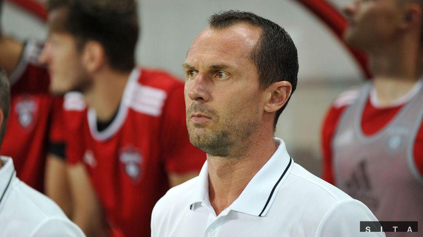 Spartak Trnava, Crvena Zvezda