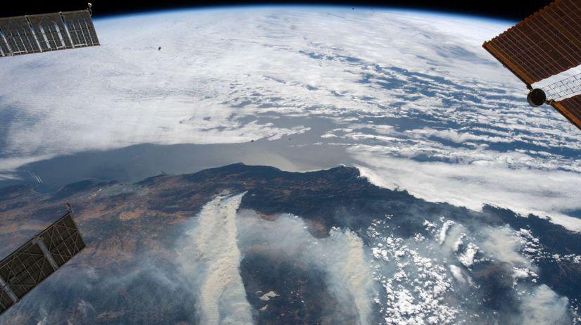 USA Kalifornia požiare lesné najväčšie NASA