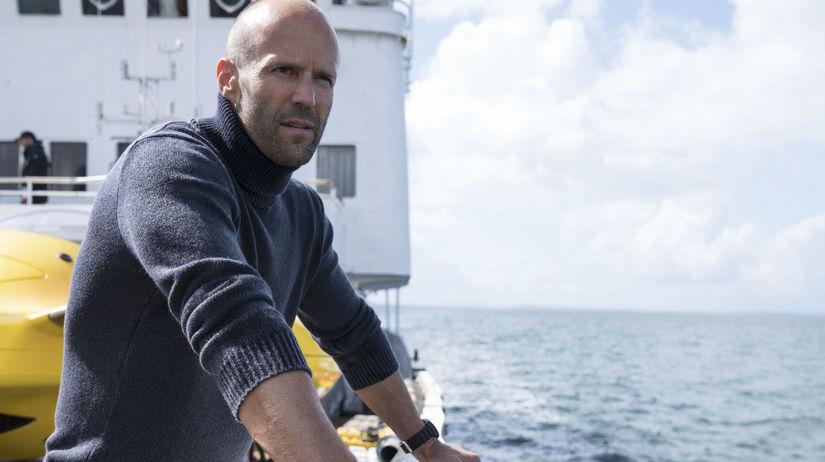 Herec Jason Statham na zábere z filmu MEG:...