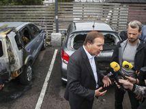 Švédsko: Pomôžu horiace autá krajnej pravici?